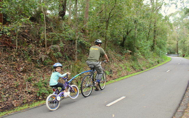 Cycling Fernleigh Tack  3