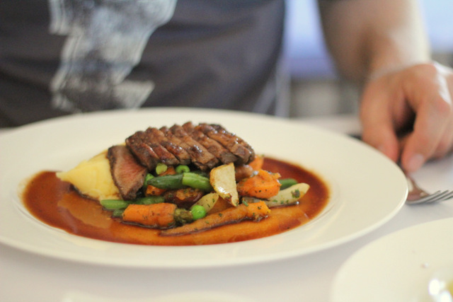 Margan Resturant Hunter Valley 100 m meal Roast lamb