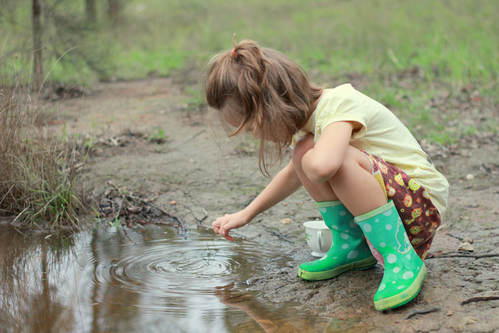 Unstructured outdoor play is important for a childs development