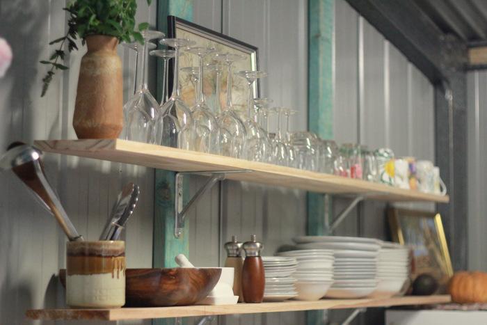 Shed home kitchen shelves