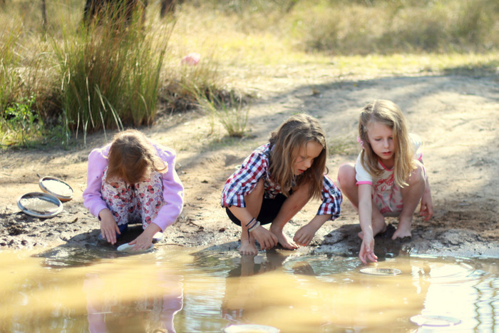 Natural environments are ideal for imaginative creative play. Little eco footprints