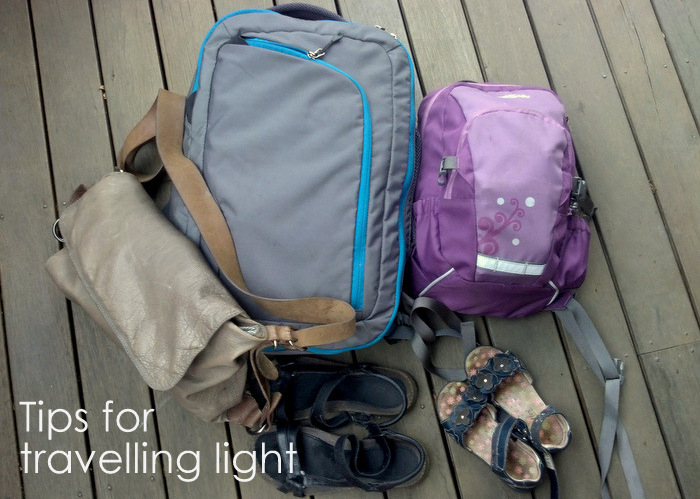 Tips-for-travelling-light-minimialist-travelling-little-eco-footprints-001
