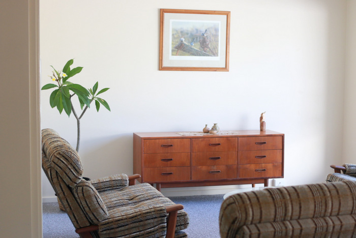 Having-a-minimalist-home-means-less -to-clean-and-tidy. Little eco footprints