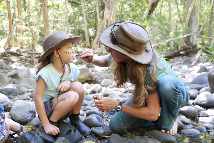 Wildcraft Australia bush survival courses Hunter Valley Australia. Natural face painting. Little eco footprints