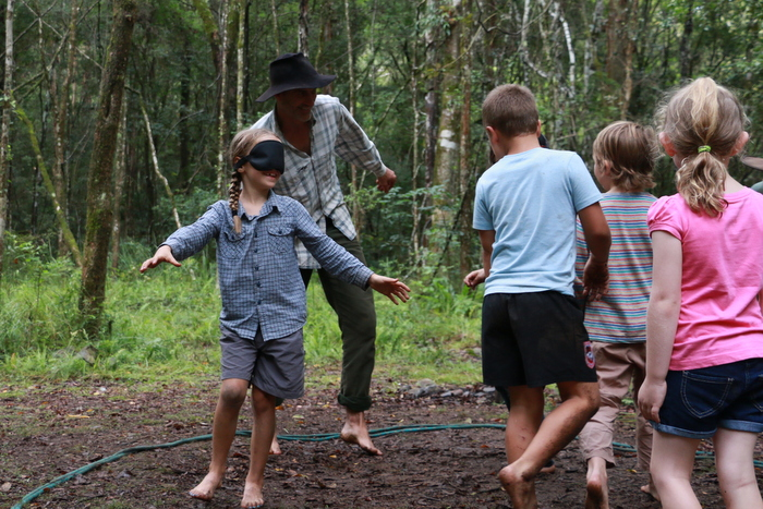 Wildcraft Australia Wildcraft Kids Camp. Learning how to use all senses when bushwalking. Little Eco footprints